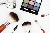Maquillaje para verse más joven – 5 valiosos consejos