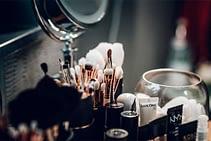 Como maquillarse para verse más joven y delgada – 9 consejos efectivos