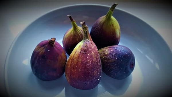 Fig Figs Fruits Edible Nutrition - Reissaamme / Pixabay