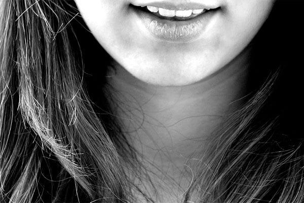 beneficios-de-la-pina-dientes